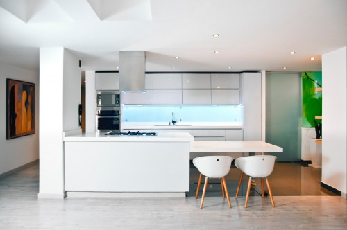 Whites-colored-Kitchen-cabinets-with-ambient-lights.jpg