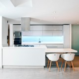 Whites-colored-Kitchen-cabinets-with-ambient-lights