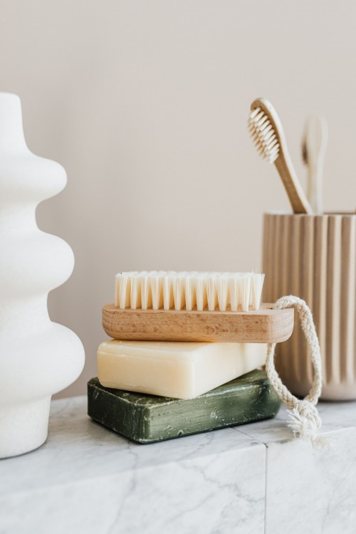 Set-of-natural-reusable-cosmetic-products.jpg