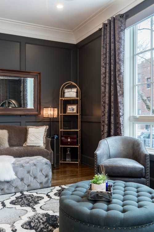 Vacant-Gray-Leather-Tub-Chair-in-Room.jpg