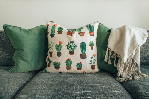White-and-Green-Throw-Pillows-with-sofa.jpg