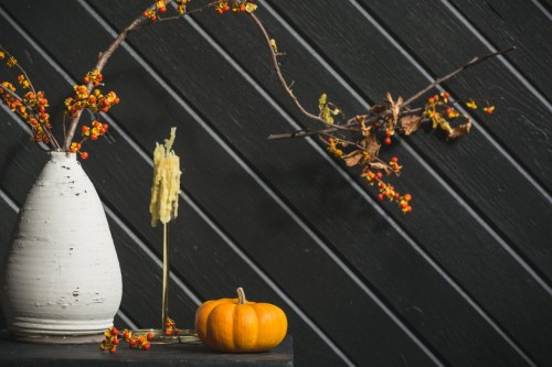 Side-view-of-autumn-style-decorations.-Pumpkin-styling-for-home-decor-this-fall..jpg