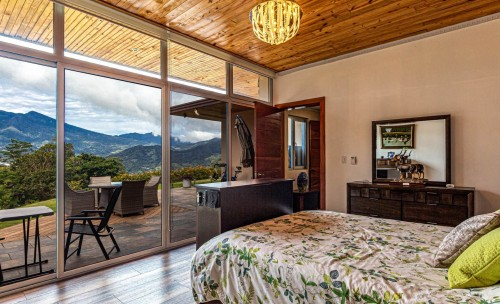 overlooking-mountain-from-bed.jpg